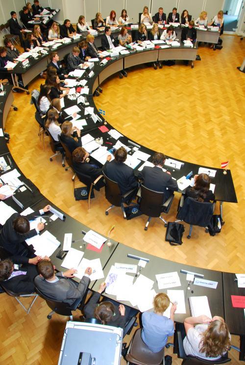 Programma en commissiedossier Limburgse MEP Conferentie 2015