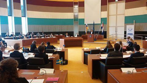 Dag 4 van de Limburgse MEP Conferentie 2016: Vurige debatten tijdens de Plenaire Vergadering