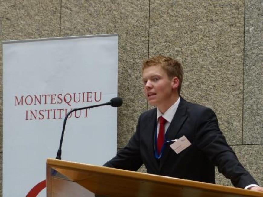 Job Heusschen, Afgevaardigde Limburg Internationale Conferentie 2013, doet verslag van de Nationale Conferentie 2013