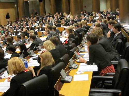 Stan Smeets namens provincie Limburg naar de Internationale Conferentie in Madrid